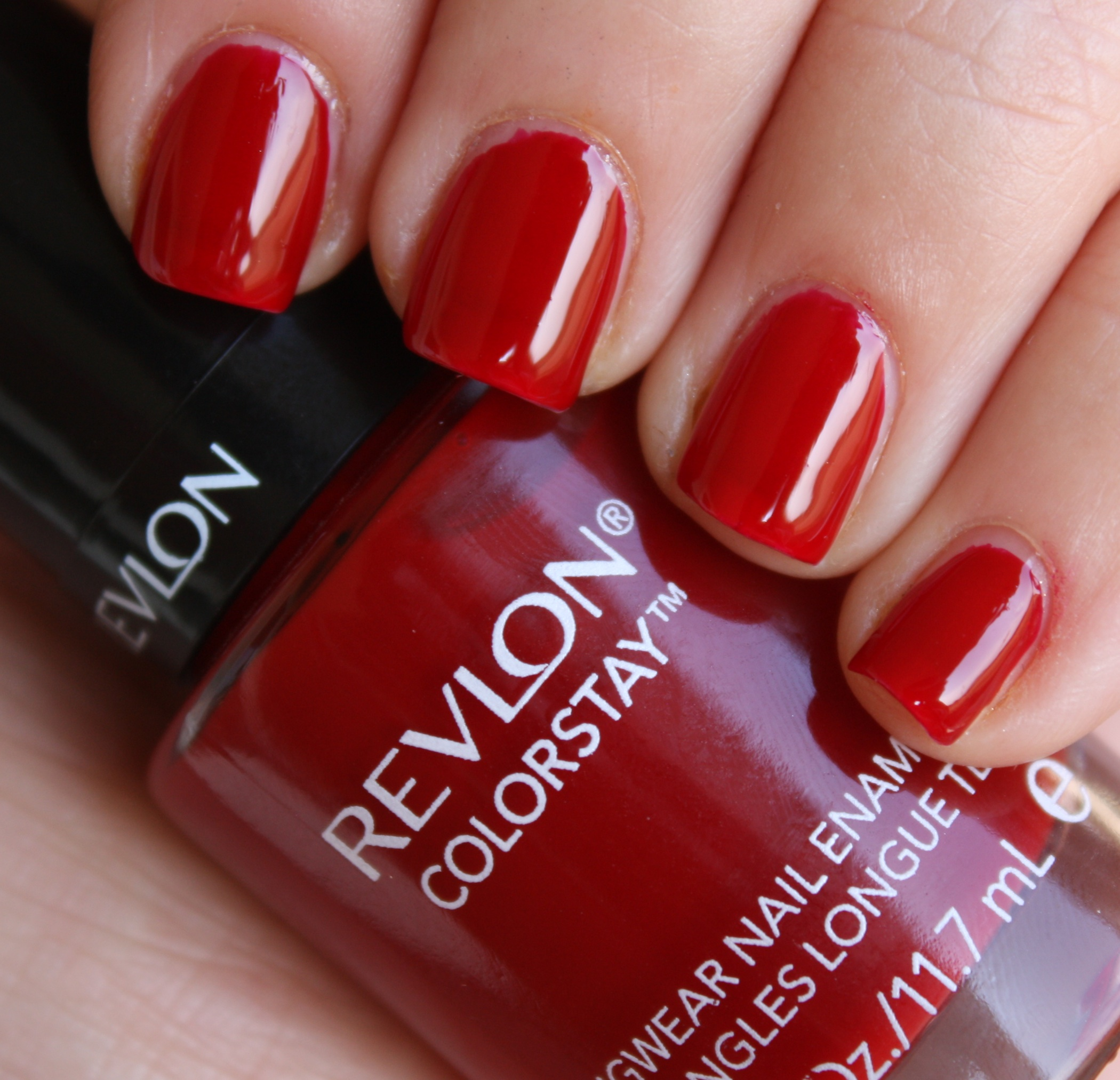 Revlon Velvet Rope – horrendous color